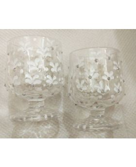 white flower motif decorative shot glass
